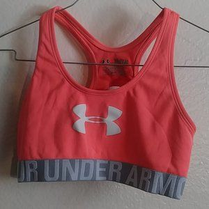 Under Armour sports top bra size  YXL